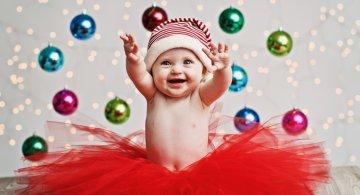13 super poze cu bebelusi, de primul lor Craciun