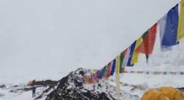 Cutremurul din Nepal: Clipa in care avalansa loveste tabara de pe Everest