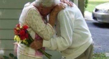 Iubire - Alzheimer: 1-0. Cu amintirile rapite de boala, inima lui a ramas tot a ei