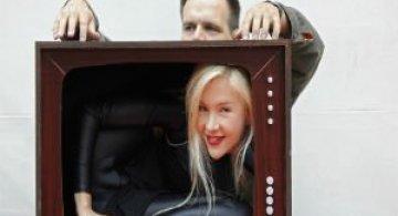 Zeita contorsionimsului: Cea mai flexibila femeie din lume incape intr-o geanta