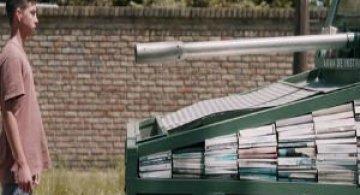 Arme de culturalizare in masa: Atacuri cu materiale de citit, in Argentina