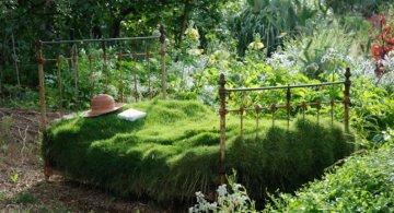 Idei de refolosire a mobilierului vechi pentru decorarea gradinii