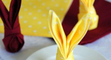 Special de Paste: Servetele in forma de iepurasi, in 9 pasi