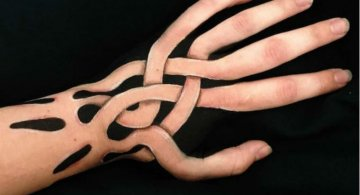 Picturi 3D pe piele, cu Lisha Simpson