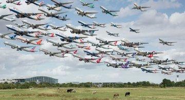 Portrete aeriene: Uimitorul zbor simultan al unor zeci de avioane