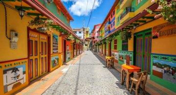 Un deliciu vizual: Cel mai colorat oras din lume