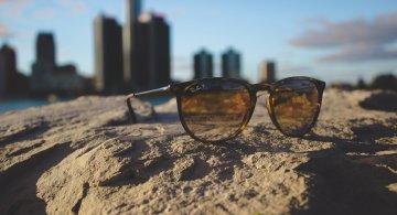 Mereu la moda: Ochelari soare pentru vara 2017