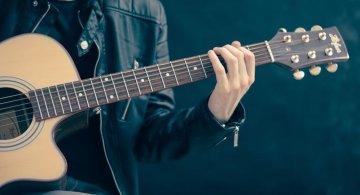 S-a dovedit stiintific: Daca ti se face pielea de gaina cand asculti muzica, ai un creier special