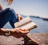 7 Carti captivante numai bune de citit in concediu