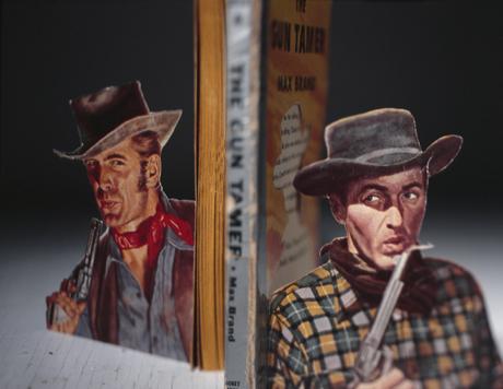 Creatii 3D din coperte de carti - Poza 5