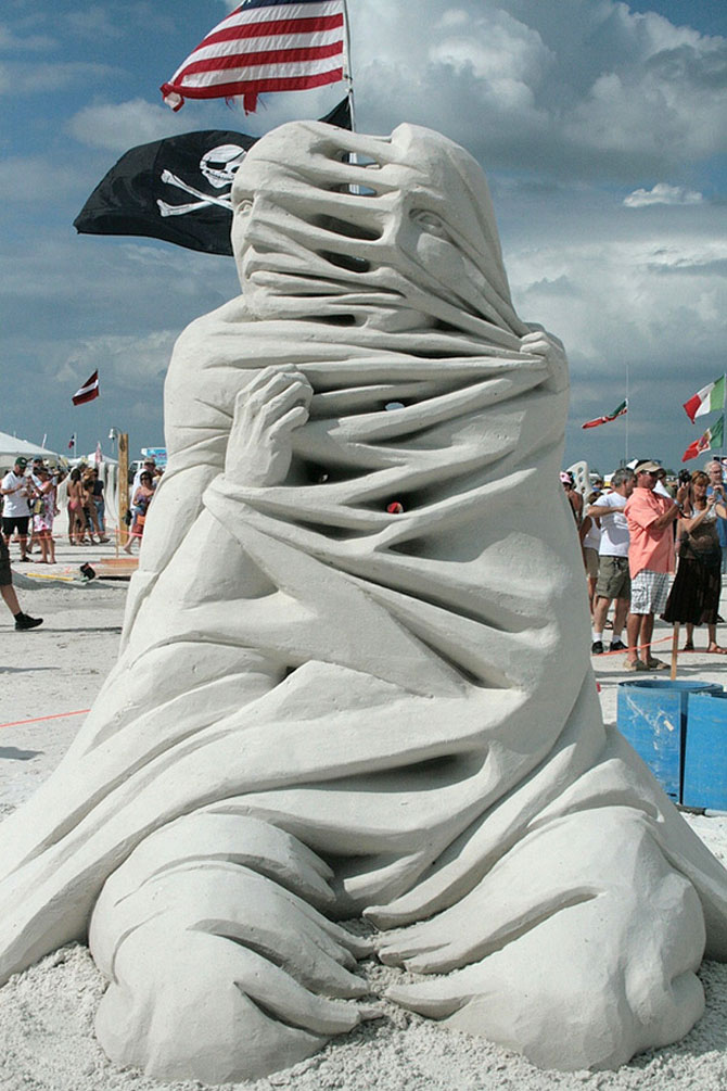 12 sculpturi care pun imaginatia la treaba - Poza 10