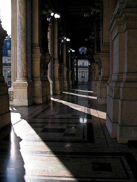 Minune arhitecturala: Opera din Paris - Poza 19