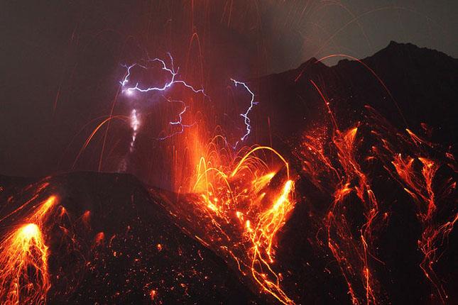 55 de poze cu un fenomen fascinant: eruptia vulcanica - Poza 1