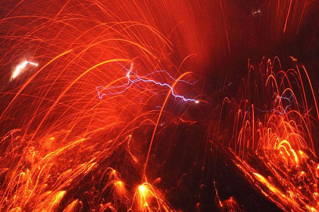 55 de poze cu un fenomen fascinant: eruptia vulcanica - Poza 2
