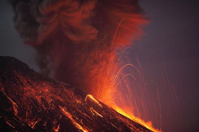 55 de poze cu un fenomen fascinant: eruptia vulcanica - Poza 5
