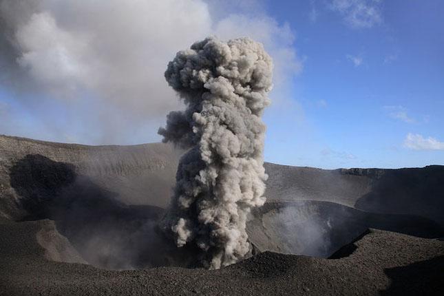 55 de poze cu un fenomen fascinant: eruptia vulcanica - Poza 16