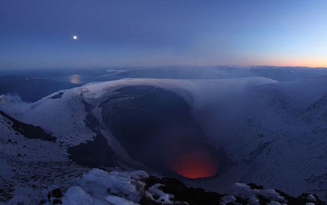 55 de poze cu un fenomen fascinant: eruptia vulcanica - Poza 21