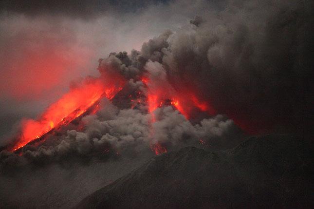 55 de poze cu un fenomen fascinant: eruptia vulcanica - Poza 22