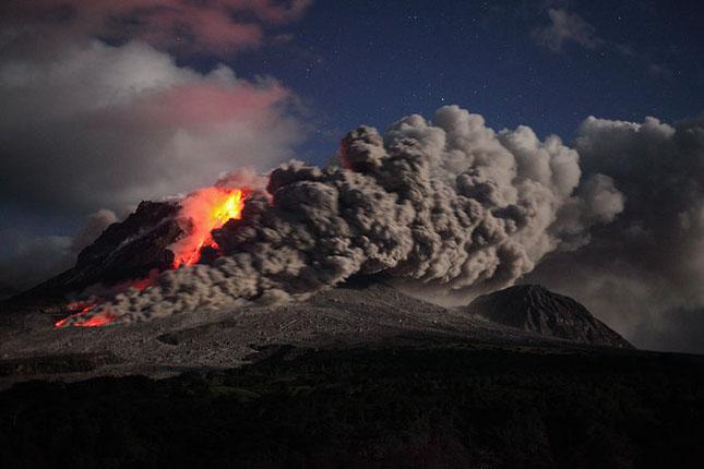 55 de poze cu un fenomen fascinant: eruptia vulcanica - Poza 26