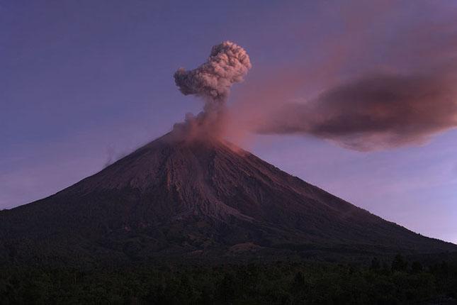 55 de poze cu un fenomen fascinant: eruptia vulcanica - Poza 29