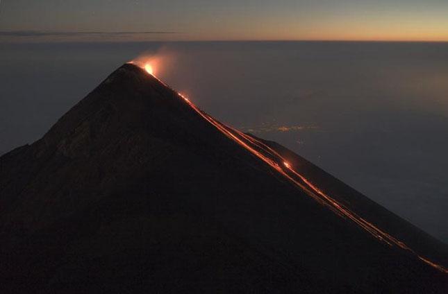 55 de poze cu un fenomen fascinant: eruptia vulcanica - Poza 33