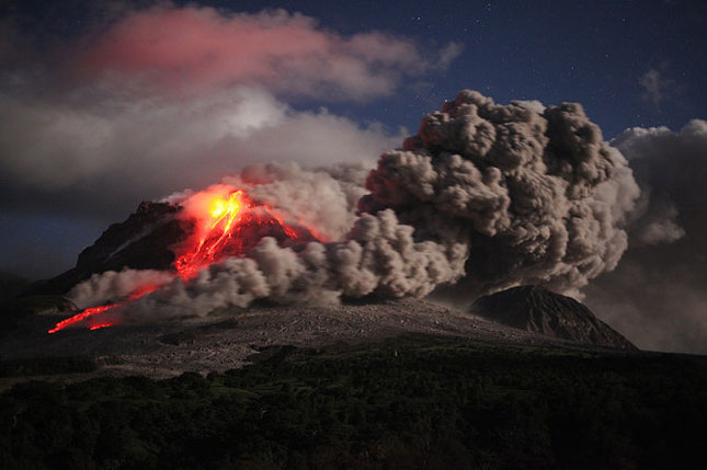 55 de poze cu un fenomen fascinant: eruptia vulcanica - Poza 38