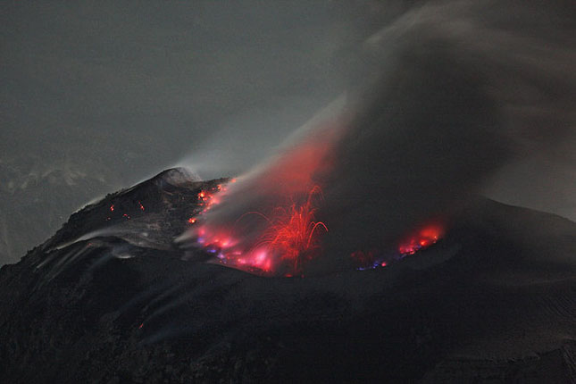 55 de poze cu un fenomen fascinant: eruptia vulcanica - Poza 52