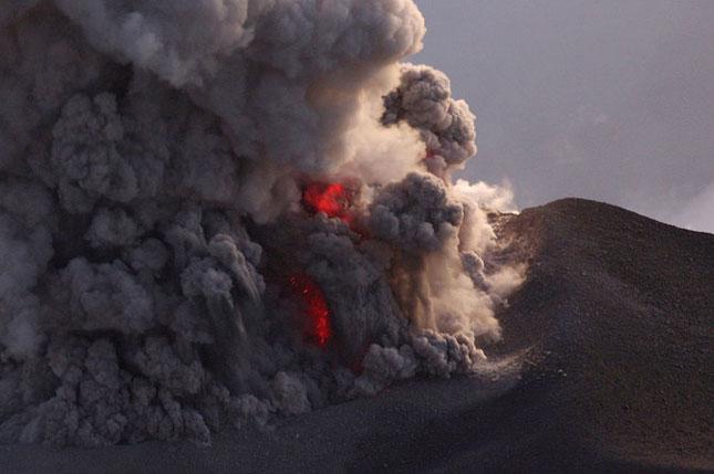 55 de poze cu un fenomen fascinant: eruptia vulcanica - Poza 53
