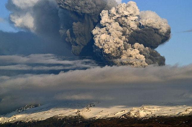 Fata nevazuta a eruptiei vulcanice din Islanda - Poza 4