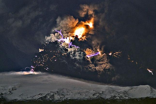 Fata nevazuta a eruptiei vulcanice din Islanda - Poza 12
