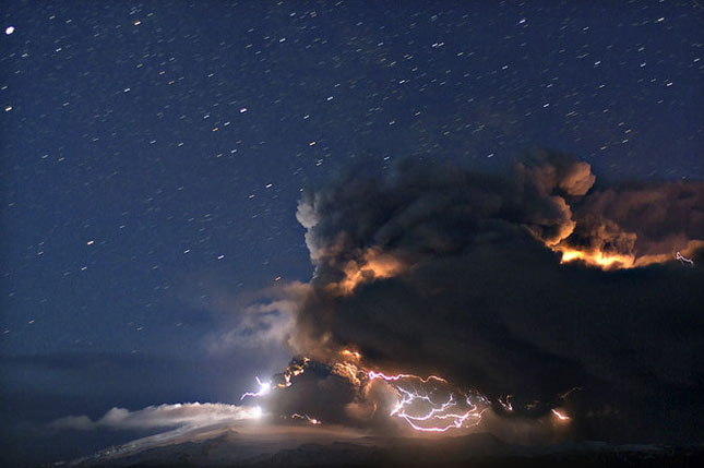 Fata nevazuta a eruptiei vulcanice din Islanda - Poza 10