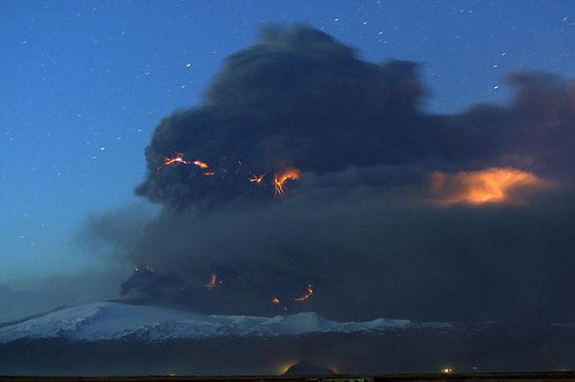 Fata nevazuta a eruptiei vulcanice din Islanda - Poza 8