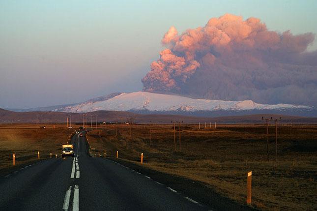 Fata nevazuta a eruptiei vulcanice din Islanda - Poza 7