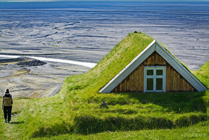 Case cu acoperisuri vii, in Scandinavia