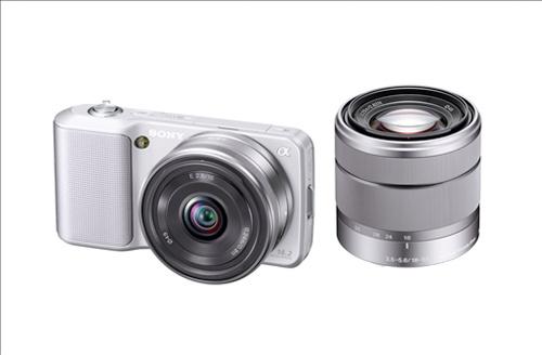 Sony NEX-5 si NEX-3 sunt pe piata