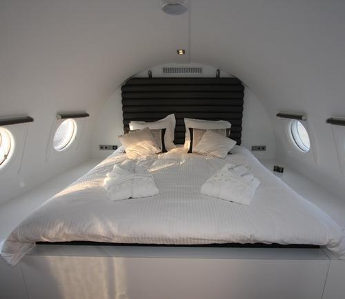 Hotel intr-un avion - Poza 2