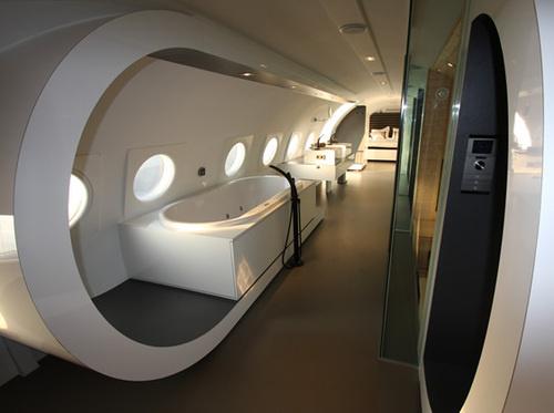 Hotel intr-un avion - Poza 6