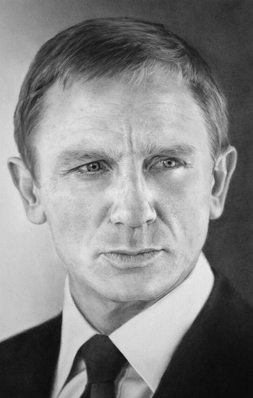 15 portrete in creion - Poza 2