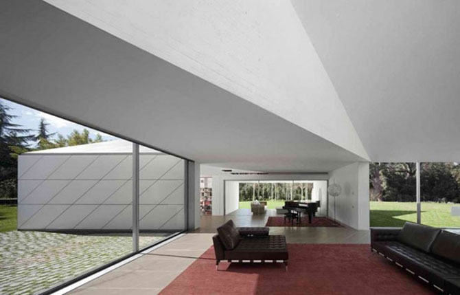 Geometrii perfecte la Casa AA, Barcelona - Poza 9