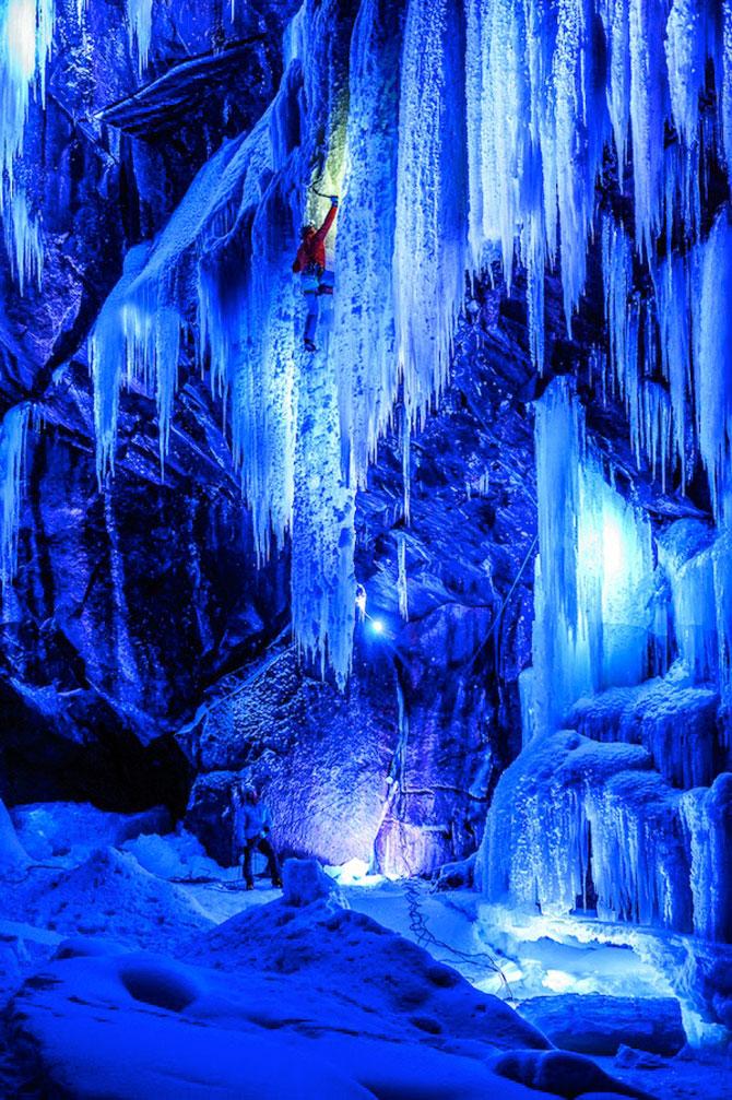 Alpinism pe cascadele inghetate din Norvegia - Poza 1