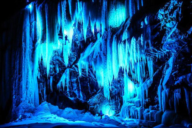 Alpinism pe cascadele inghetate din Norvegia - Poza 2