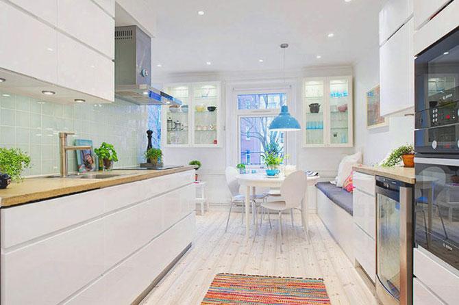 Un apartament ca un curcubeu pe fundal alb, in Suedia - Poza 8