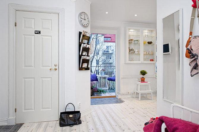 Un apartament ca un curcubeu pe fundal alb, in Suedia - Poza 12