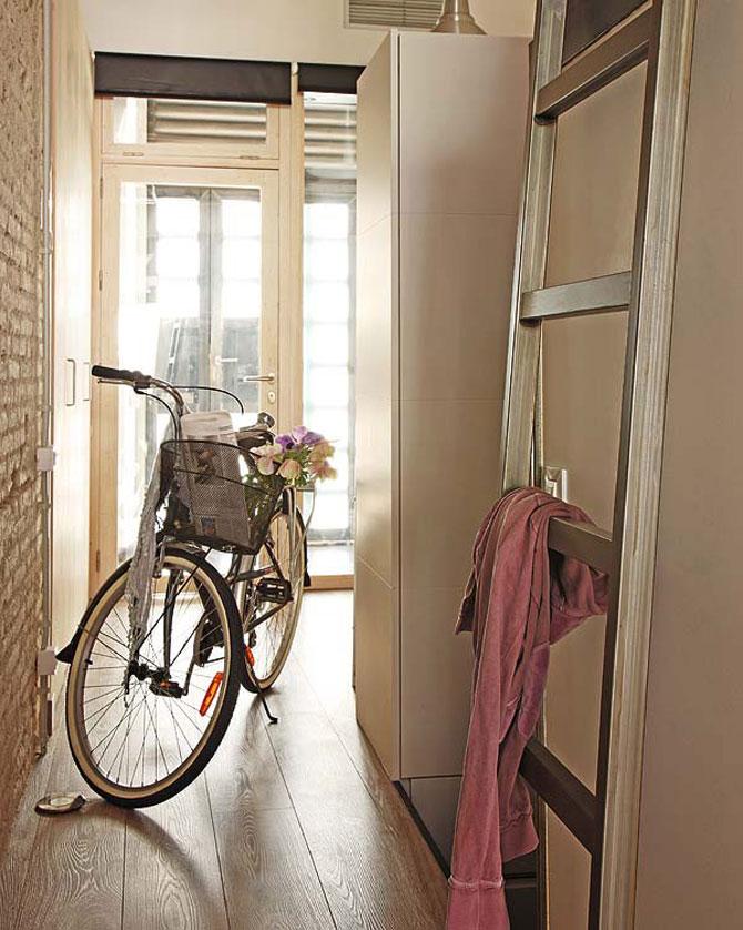 Fiecare cm patrat de spatiu folosit: Apartament la Barcelona - Poza 8
