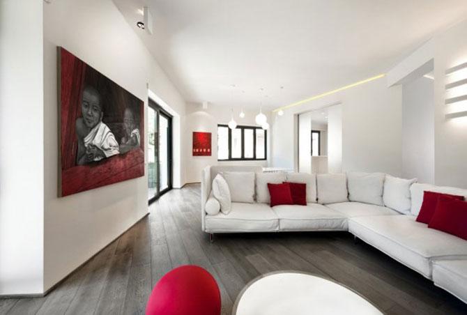 Calcaiul minimalist al lui Ahile la Roma - Poza 2