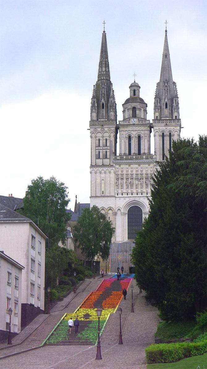 Arta urbana cu origami, la Angers, Franta - Poza 3