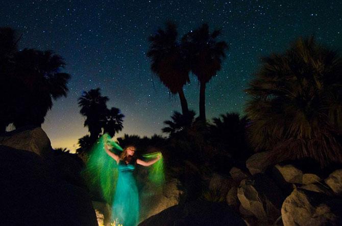 Siluete feminine fantomatice, fotografiate cu expunere lunga - Poza 8
