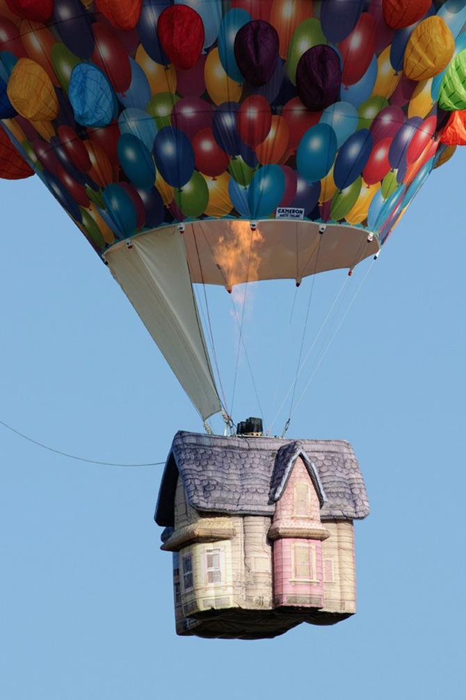 Inconjurul lumii in 540 de baloane Disney - Poza 3