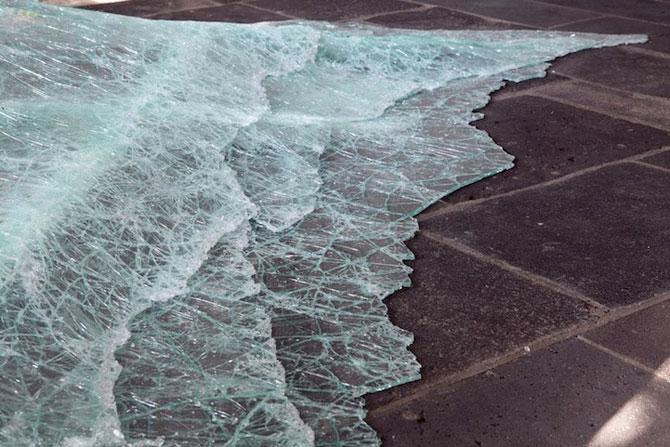 Dezastru sau iluzie optica? Aerial de Baptiste Debombourg - Poza 4