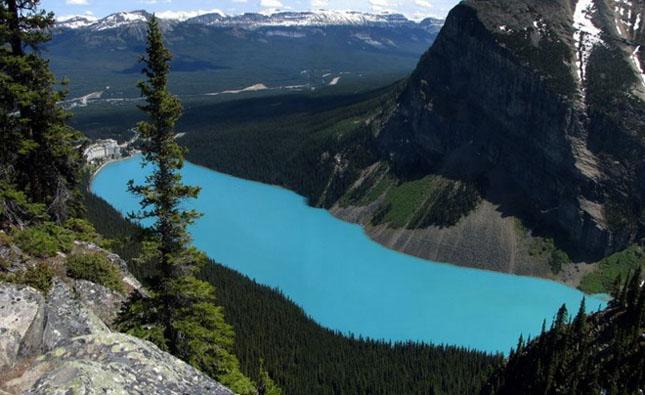 30 de fotografii superbe ale lacului Louise - Poza 1